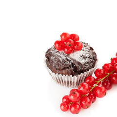 Chocolate muffin with red currant