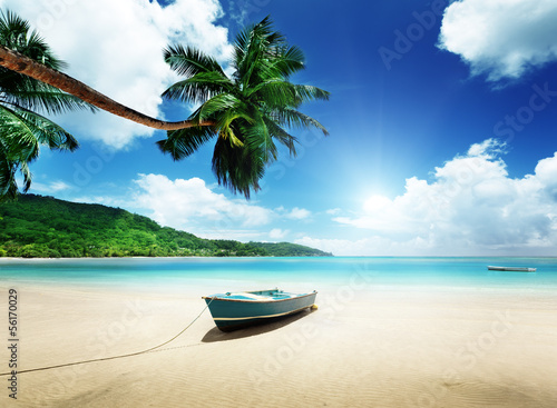 Fototapety, obrazy : boat on beach Mahe island, Seychelles