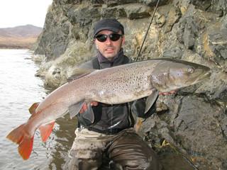 Trophy fishing in Mongolia