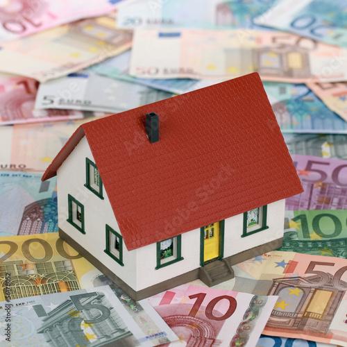 Bank Finanzierung einer Immobilie Kredit Bausparen