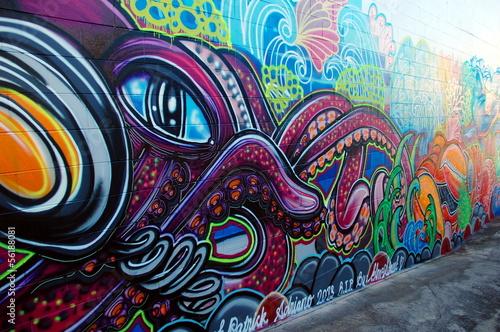Poster Oceanië Street art in Australia, graffiti wall in Airlie Beach