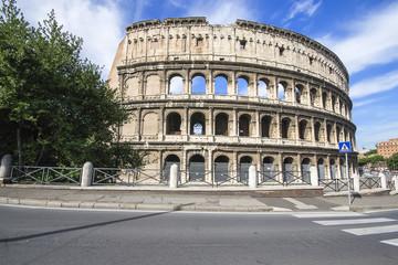colosseo, storico monumento romano