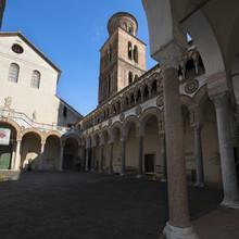 Cathédrale de Salerne: la cour