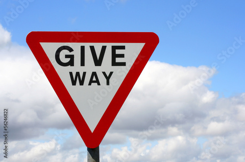 UK give way sign