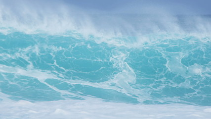 Giant Breaking Ocean Waves