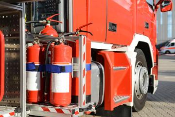 Feuerlöscher auf Feuerwehrauto