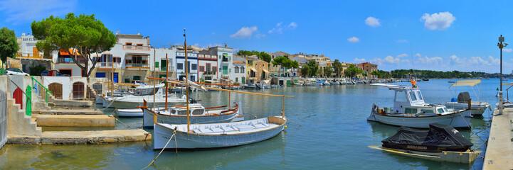 Hafen von Porto Colom Mallorca