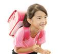 学校へ通う女の子