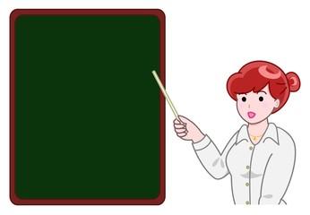 黒板を指す女性