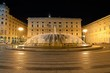 Leinwanddruck Bild - Genova, Piazza de Ferrari in notturna