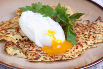 parsnip pancakes with egg
