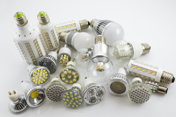 GU10 and E27 LED lamps  with a different chip technology also de