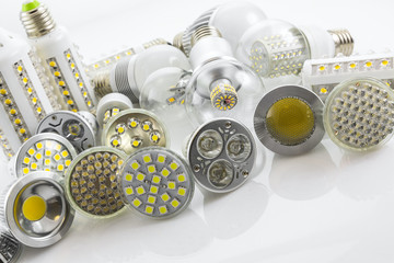 GU10 and E27 LED lamps  with a different chip technology also co