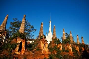 Shwe Inn Thein, Indein, Myanmar
