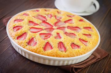 pie with strawberry