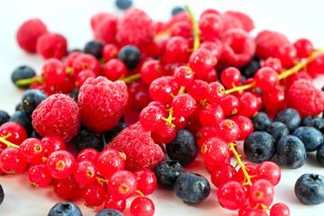 Фрукты ягоды в ассортименте