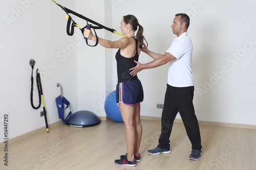 Physiotherapeut mit Patientin