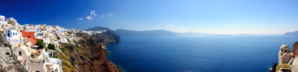 Panoramic view of Santorini village and volcanic bay, Greece © Andy