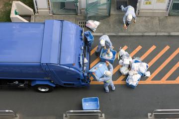 ゴミの収集作業