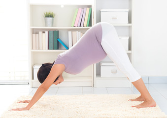 Pregnant yoga at home
