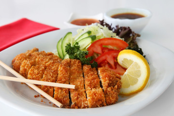 JAPANESE DEEP FRIED CHICKEN