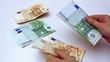 Counting banknotes