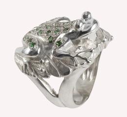Anello a forma di rana con smeraldi