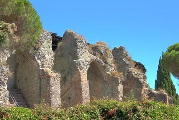 Ruinen der römischen Arena in Fréjus