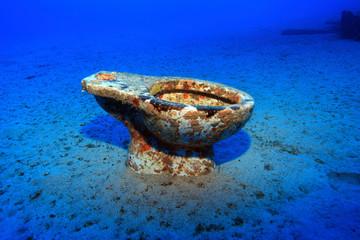 Kloschüssel am Meeresgrund