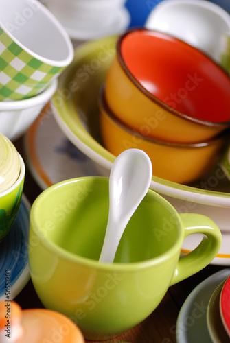 utensili cucina in ceramica colorata
