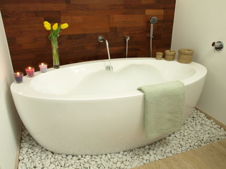 Aromatic bath