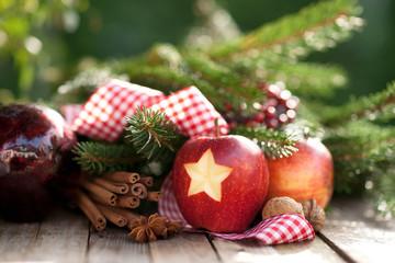 Weihnachtszeit, Äpfel