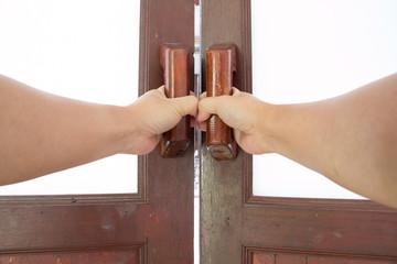hold handle of wood door