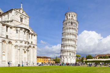 Piazza Miracoli Pisa