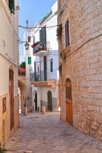 Alleyway. Conversano. Puglia. Italy. - 56576466