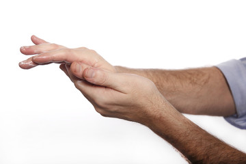 Mann benutzt Handcreme ´3