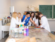 canvas print picture - Kunstunterricht in der Schule