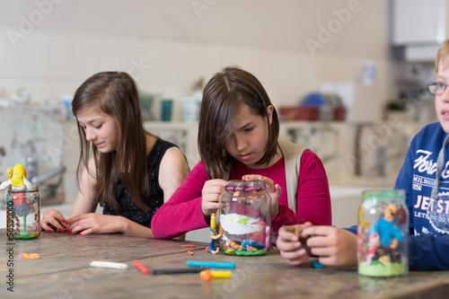 Leinwanddruck Bild Kunstunterricht in der Schule