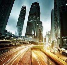 circulation à Hong Kong au coucher du soleil