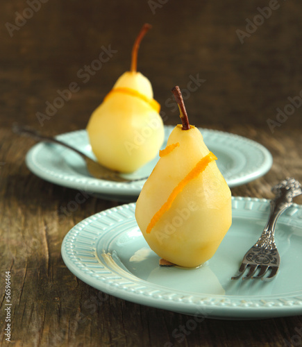 Poached pear with spices