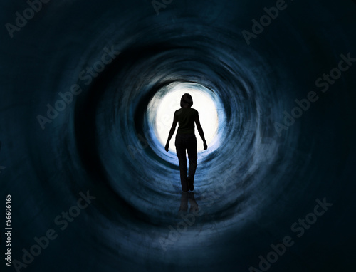 fototapeta na ścianę Wizja spacer w świetle