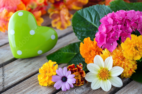 Herz und Blumen