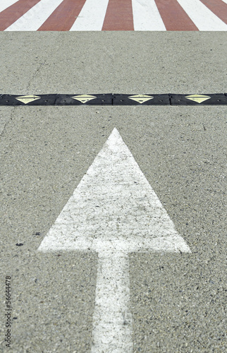 Arrow with zebra crossing