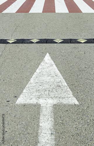 Arrow with zebra crossing