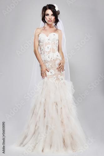 Espousal. Gorgeous Bride in Long Bridal Dress. Wedding Style