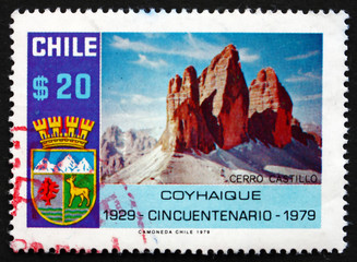 Postage stamp Chile 1979 Coat of Arms and Mt. Castillo