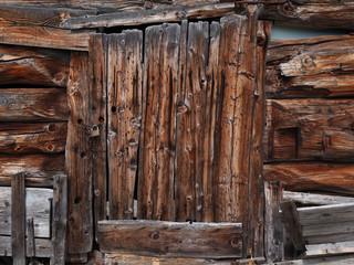Rustikale Holztür