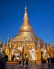 Famous golden Shwedagon Pagoda in Yangon, Myanmar