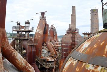 Stahlwerk Schornsteine
