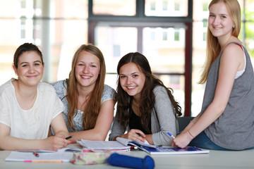 Schüler beim Lernen